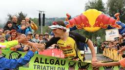 200 Triathleten am Alpsee