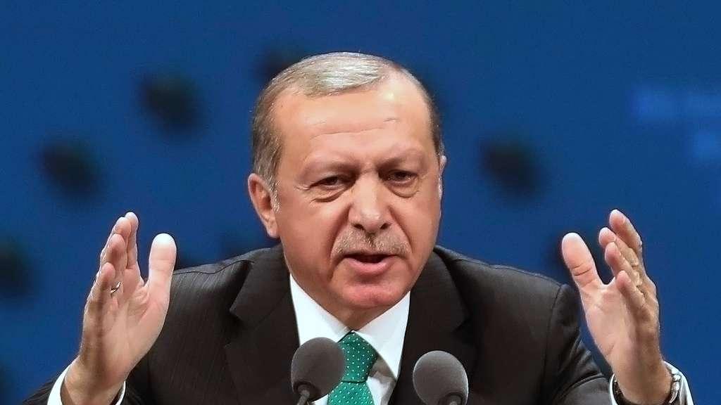 Erdogan wirft Merkel persönlich