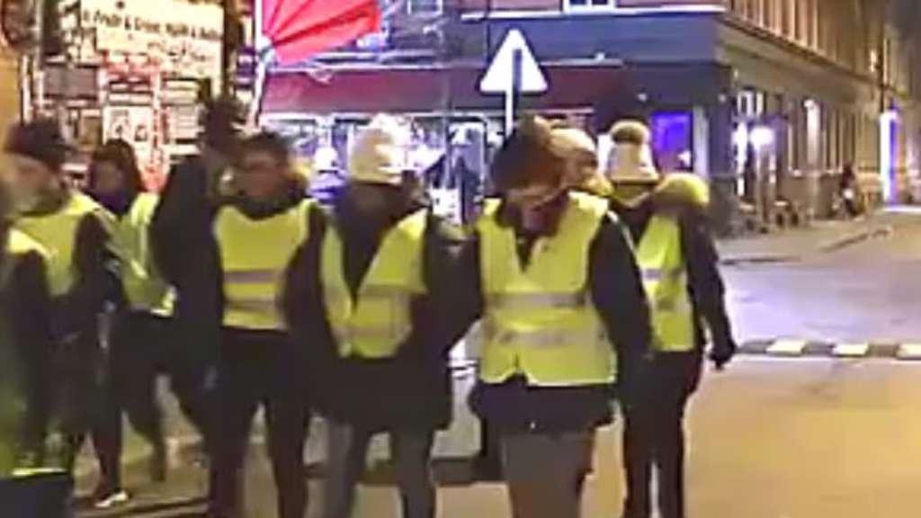 Nach Gruppenvergewaltigung Polizei setzt