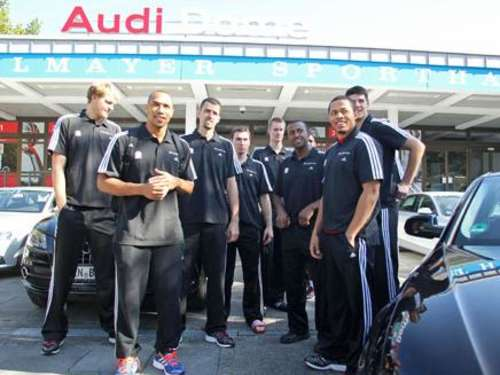 Bayern-Basketballer am Gas!