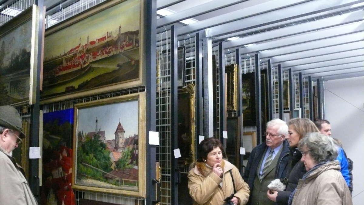 Sonia Fischer Stellt Das Neue Museumsdepot In Der