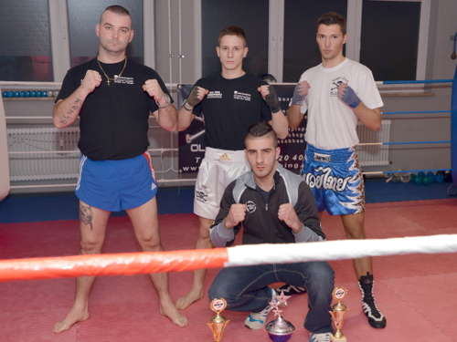 Kickboxer vom Fight-Club Olching beim World Kickboxing vertreten