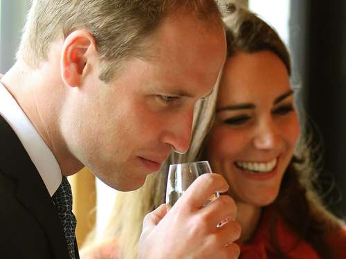 William und Kate testen Whisky in Schottland