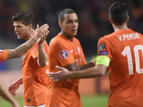 Oranje-Stars retten Hiddink den Job