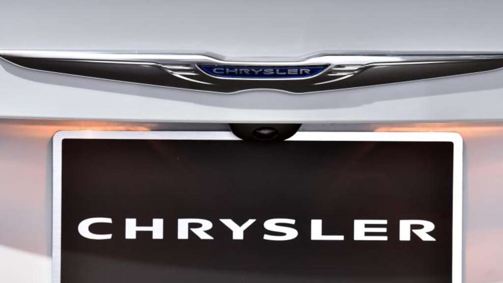 Chrysler Logo Foto: Uli Deck/Illustration