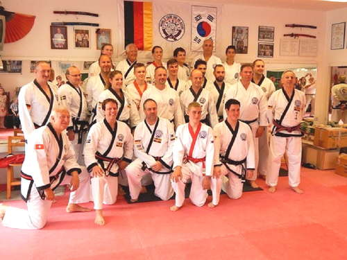 Internationale Tang Soo Do Schwarzgurt-Prüfung