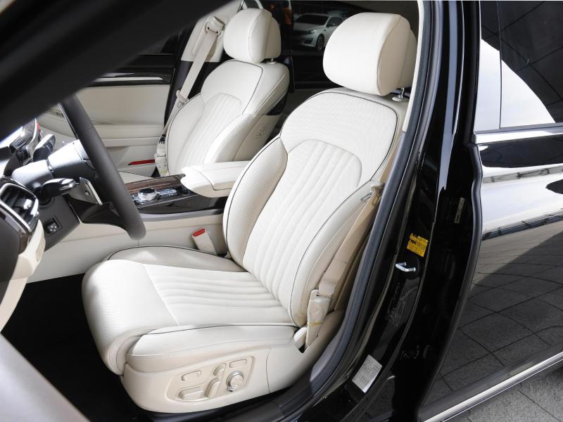 autositze reinigen mit hausmitteln flecken entfernen auto. Black Bedroom Furniture Sets. Home Design Ideas