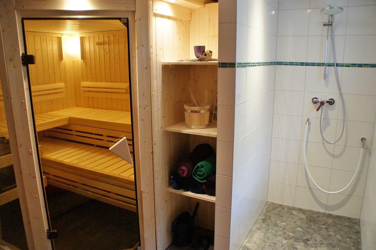 vom bauplatz bis zum einzug in nur einem jahr respekt baufamilie. Black Bedroom Furniture Sets. Home Design Ideas