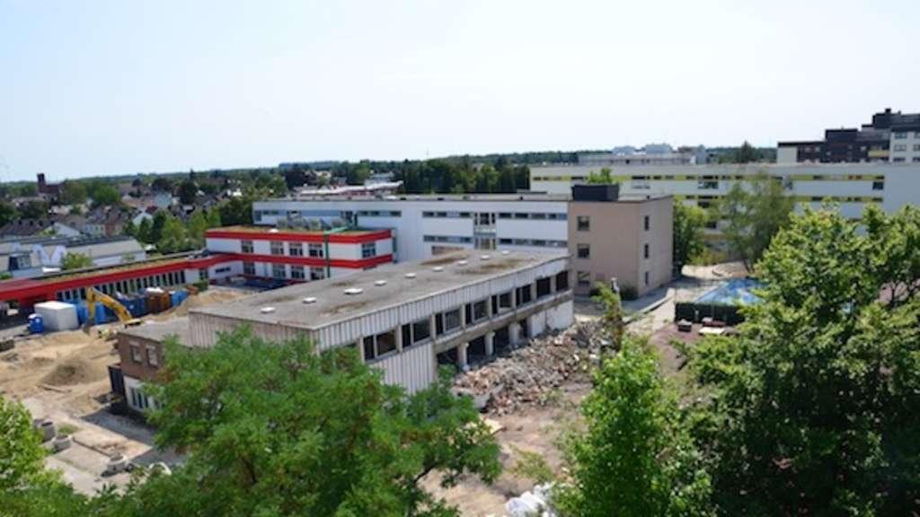 Theresen Grundschule Germering umbauarbeiten an der wittelsbacher straße sind in vollem gange fürstenfeldbruck