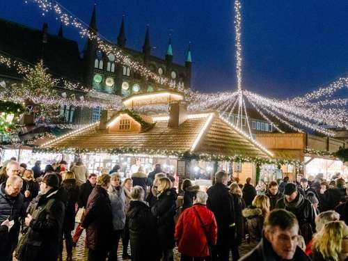 Reisenews: Weihnachten in Lübeck und Winnie Puuh in London