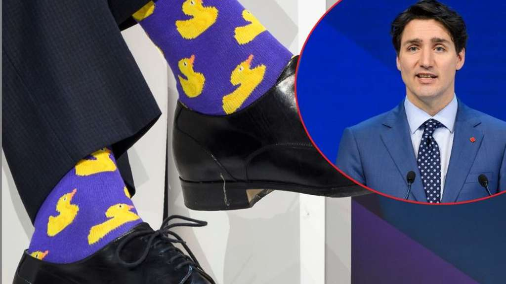 justin trudeau tr gt entensocken in davos politik. Black Bedroom Furniture Sets. Home Design Ideas
