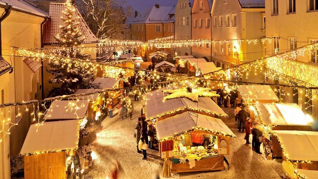 "Große Weihnachtsmarkteröffnung in Kaufbeuren: ""Rock Christmas ..."