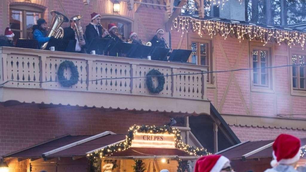 Starnberg Weihnachtsmarkt.Für Freiwillige Feuerwehrleute Engel Von Starnberg Zum La Villa