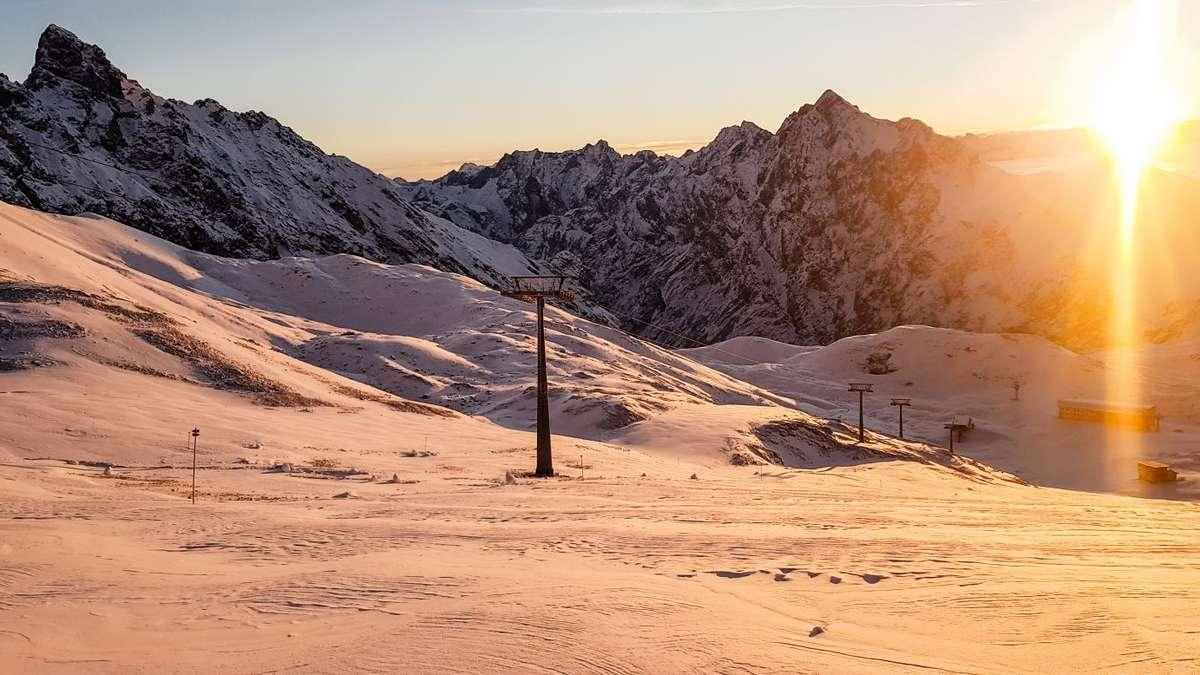 Schneehöhe Zugspitze
