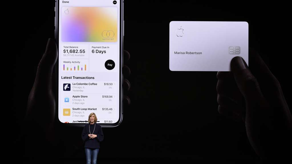 "Apple-Pay-Chefin Jennifer Bailey präsentiert die neue ""Apple Card""."