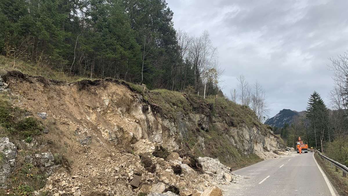 Felsarbeiten zwischen Mittenwald und Klais dauern an | Garmisch-Partenkirchen - Kreisbote