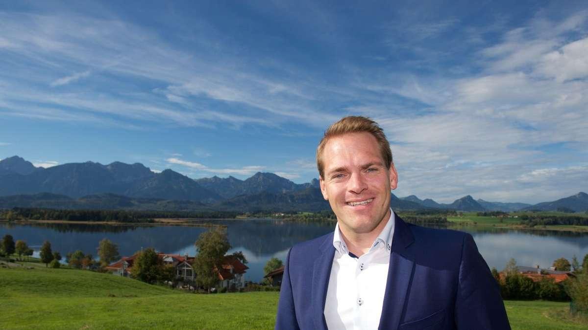 Füssener CSU-Bürgermeister Maximilian Eichstetter weist im