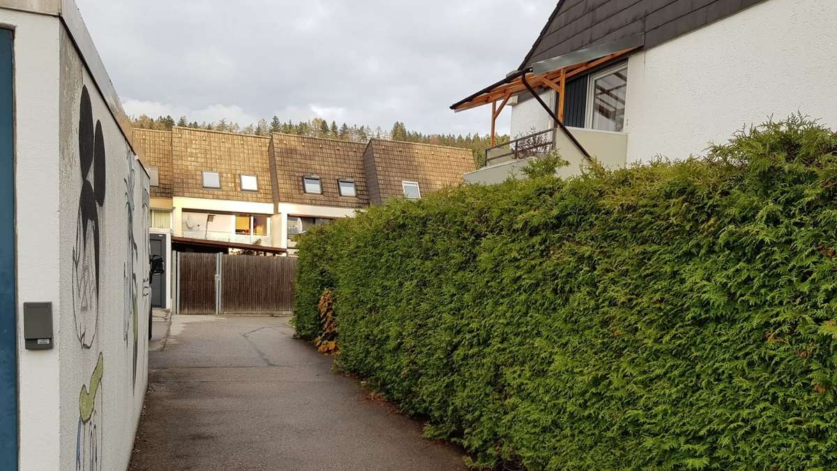 Schongauer Bauausschuss lehnt Sichtschutzwand in der Sonnenstraße ab   Schongau - kreisbote.de