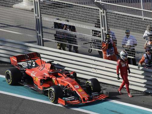 Vettel crasht beim Training - Bottas holt Bestzeit