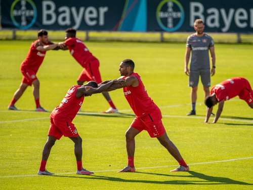 """Trainingslager at home"": Bundesligisten bleiben daheim"
