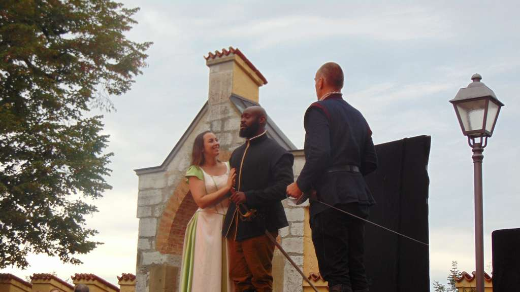 "Die ""American Drama Group Europe""  mit Shakespeares Stück ""Othello""."
